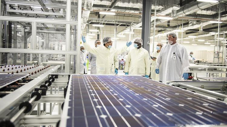san antonio based solar panel manufacturer mission solar energy pays back more than 600 000 in. Black Bedroom Furniture Sets. Home Design Ideas