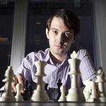 Shkreli adds drug, cash, new team to resurrect Peninsula company