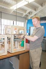 3-D printers crank out gold