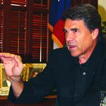 Perry extends olive branch to Mexico after <strong>Peña</strong> <strong>Nieto</strong> criticized Texas' border policy