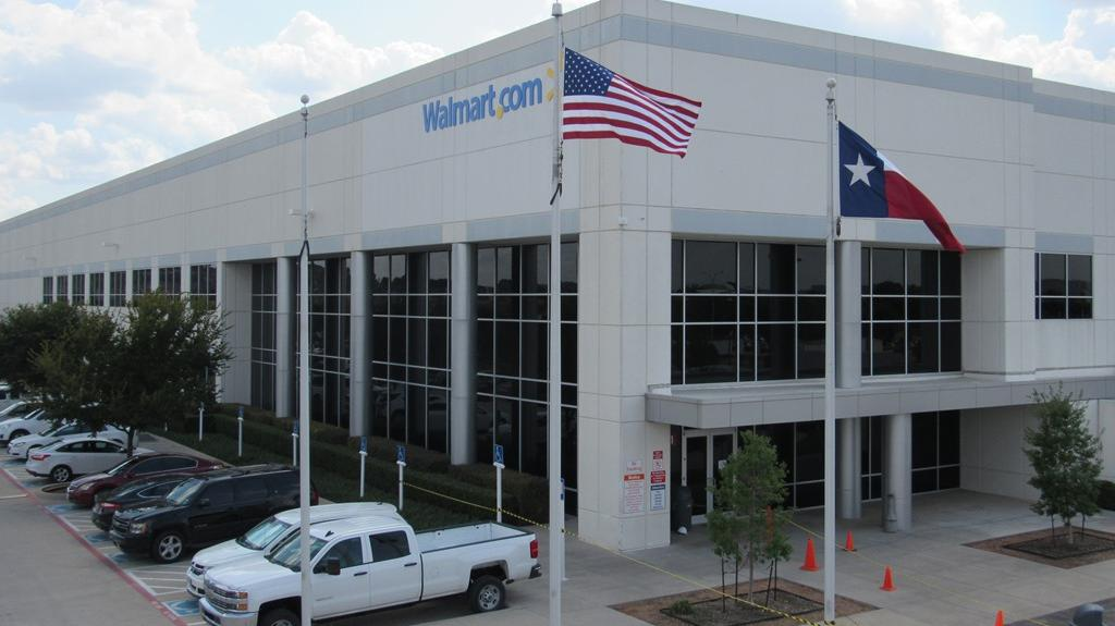 Walmart leases more warehouse space in Fort Worth