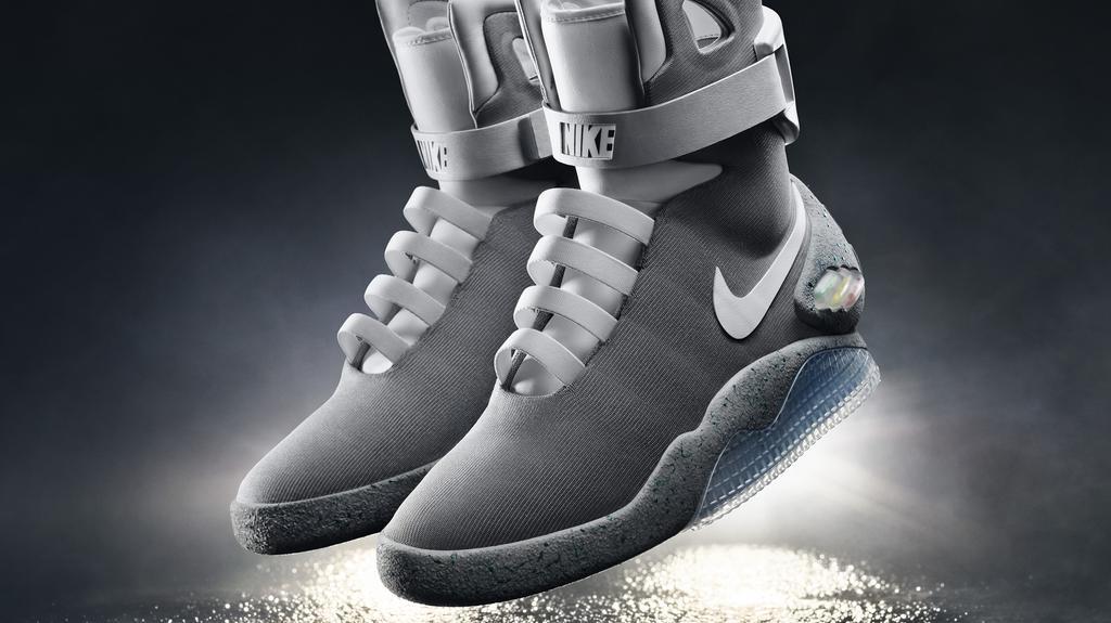 salida para la venta bastante agradable buscar autorización Nike to release self-lacing version of 'Marty McFly' shoes in 2016 ...