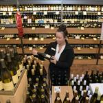 Big wine chain hopes to uncork Georgia liquor law