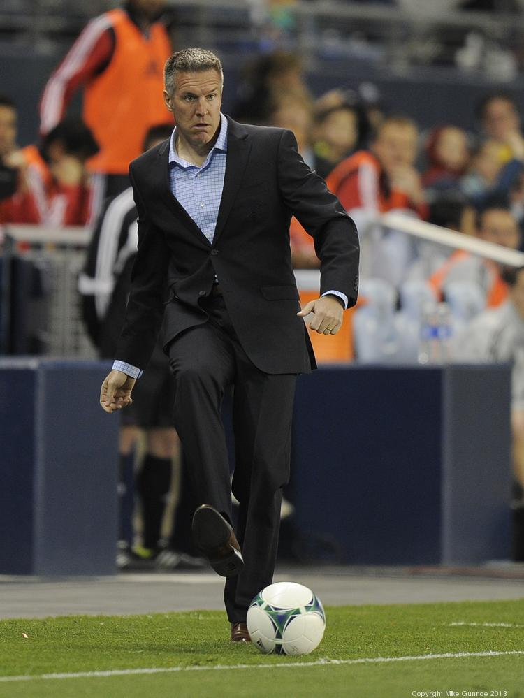 Swell What Does Vermes Have In Common With Legendary Chiefs Coach Bralicious Painted Fabric Chair Ideas Braliciousco