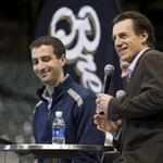 Milwaukee Brewers' new GM Stearns, manager Counsell take input from fans: Slideshow