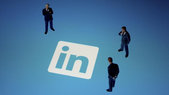 How to turn your LinkedIn connections into paying clients