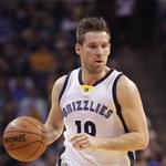 Bye, <strong>Beno</strong>. Hello, Mario. Grizzlies and Heat complete trade