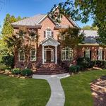 Home of the Day: Striking Home In The Peninsula On Lake Norman