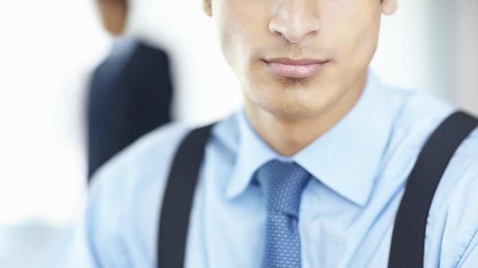 4 tips for accessorizing a man's business suit