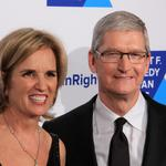 Tim Cook channels <strong>Robert</strong> F. Kennedy in accepting award: 'Take a stand for what is right'