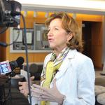 Worrisome poll numbers as Kay Hagan duets with Carole King