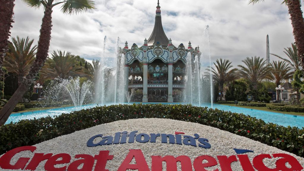 Santa Clara strikes deal to sell land under Great America Theme Park to amusement park owner