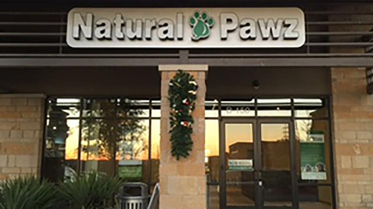 Natural Pawz pet store will open this site in Steiner Ranch early next year.