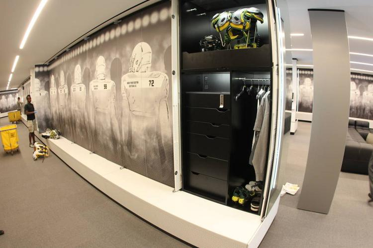 A Look Inside The 68m Oregon Ducks Football Center