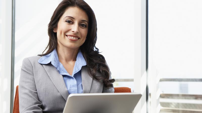 3 steps for Hispanic women to navigate corporate America