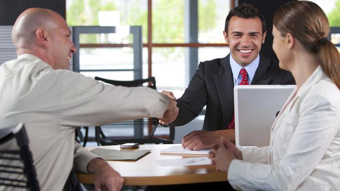 4 strategies for getting a prospect to become a client