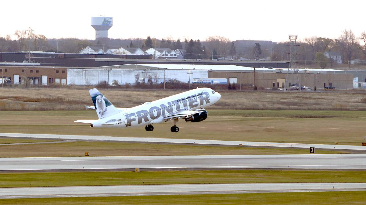 Frontier airlines adds nonstop flights from milwaukee to for Mitchell s fish market tampa