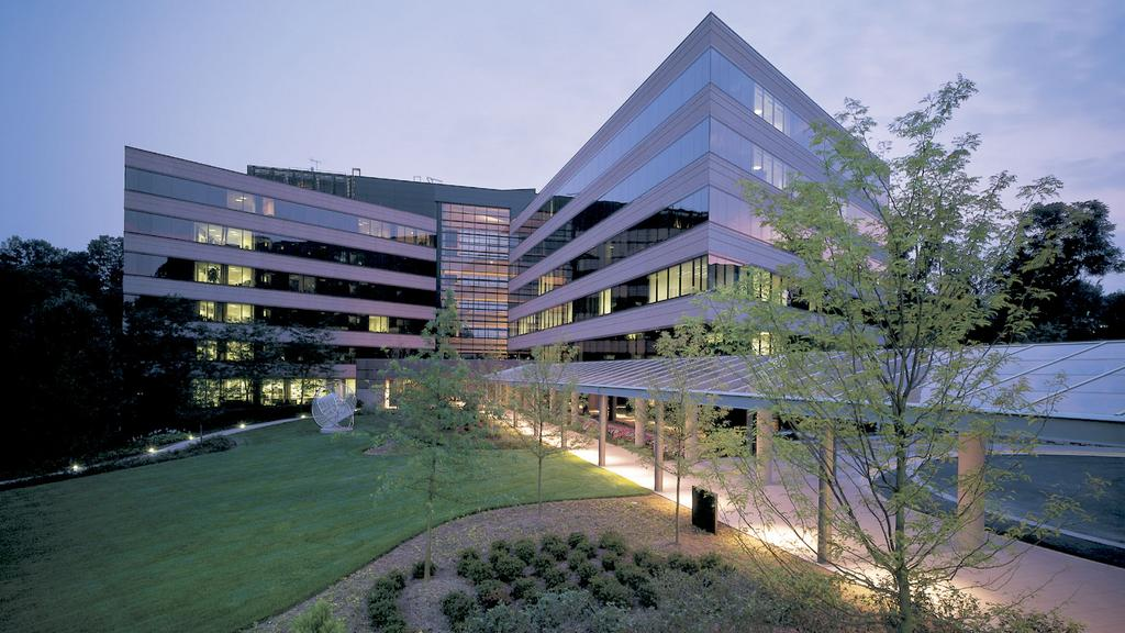 CSRA Inc  completes sale-leaseback of Falls Church HQ in deal with
