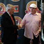 Pete Rose honors will extend beyond Reds Hall of Fame (Video)