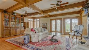Beautiful Wolf Valley Ranch Home on 10 Acres!