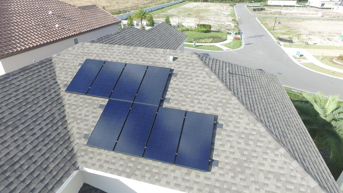 Meritage Homes buys land in Goodyear, Arizona, ups its new renewable on