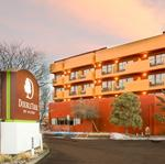 Another Santa Fe hotel up for auction — this one a big brand name