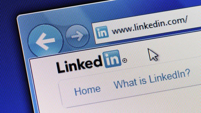 Should you make your LinkedIn connections private?