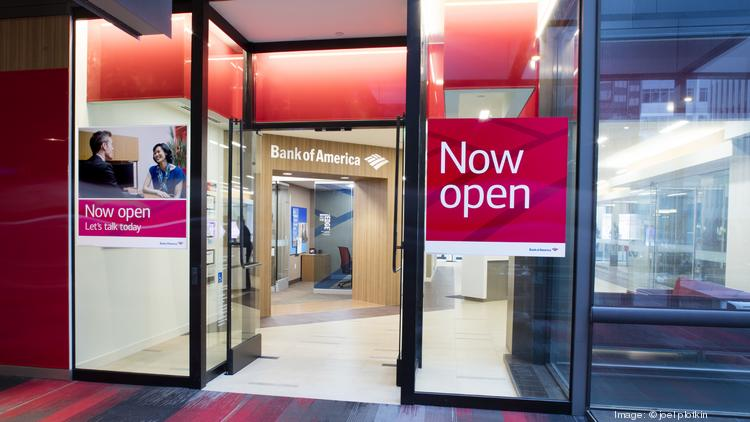 Bank of america branch open late today