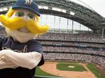 Milwaukee Brewers' operating income jumps in 2016; valuation up a bit: Forbes