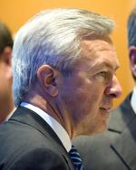 Wells Fargo CEO Stumpf gets raise to $23M, has been paid $61M in last 3 years
