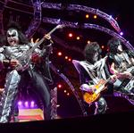 KISS's <strong>Gene</strong> <strong>Simmons</strong> and Paul Stanley on Rock & Brews expansion plans, biz advice (Video)