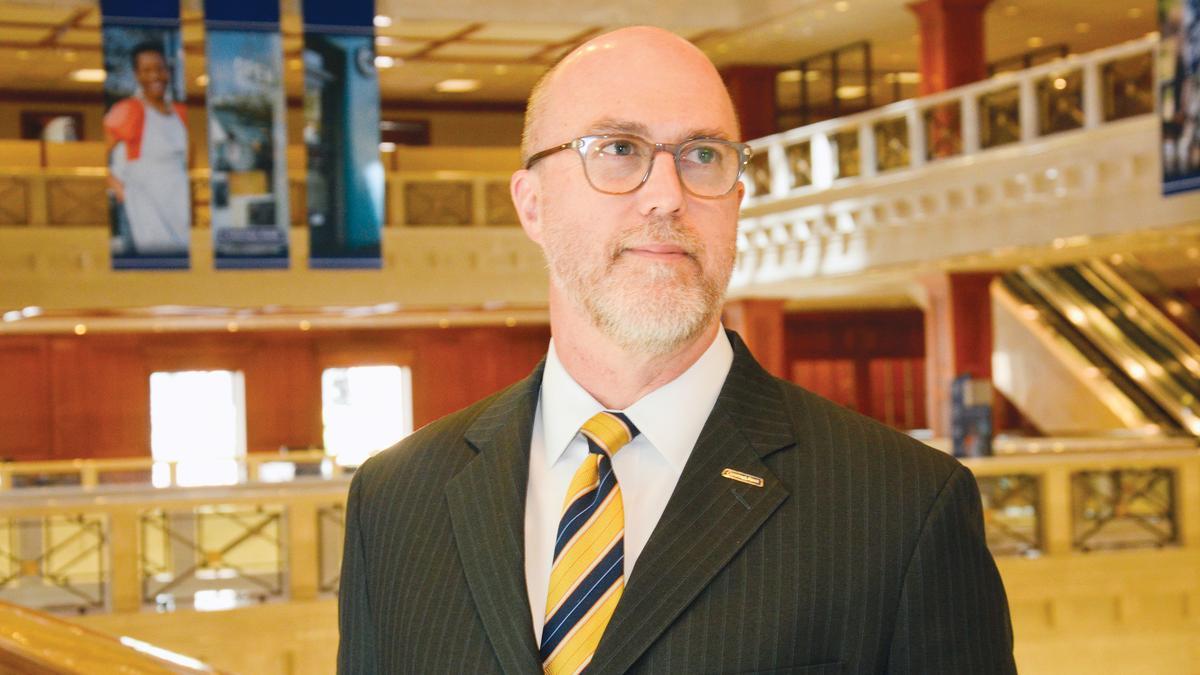 Comerica Bank Economist Robert Dye On California: 'Major
