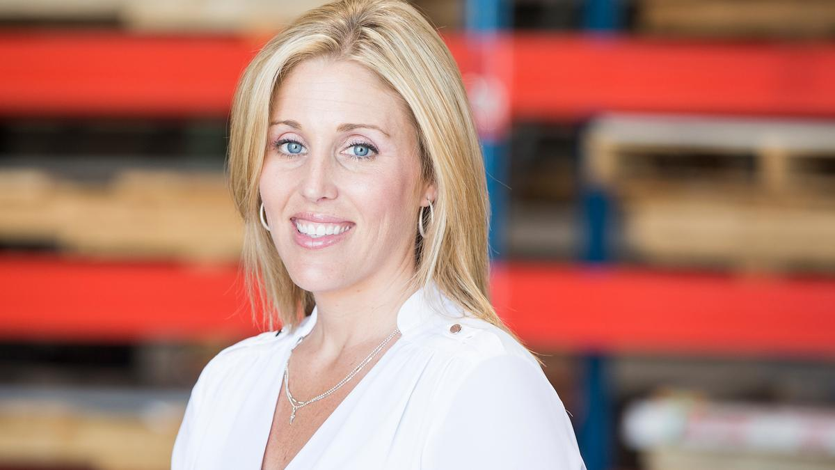 Heidi Perez Leaves Coo At Mahaney Roofing For New Role