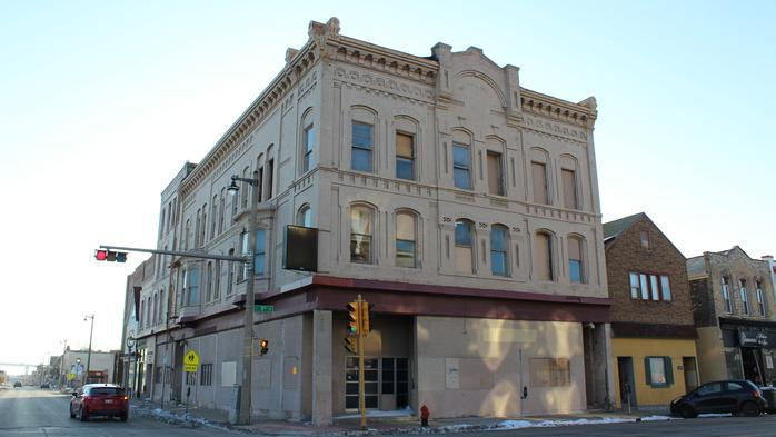 Walker's Point building on National Avenue to be restored into apartments