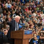 Democratic presidential candidate Bernie Sanders visits SIUE (Photos)