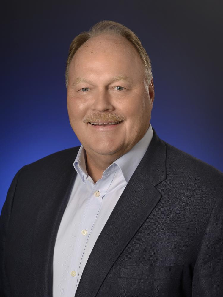 dave george was promoted to executive vice president and coo of darden restaurants inc - Olive Garden Salary