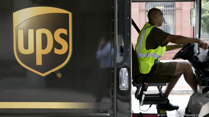 UPS to add delivery surcharge for peak holiday weeks