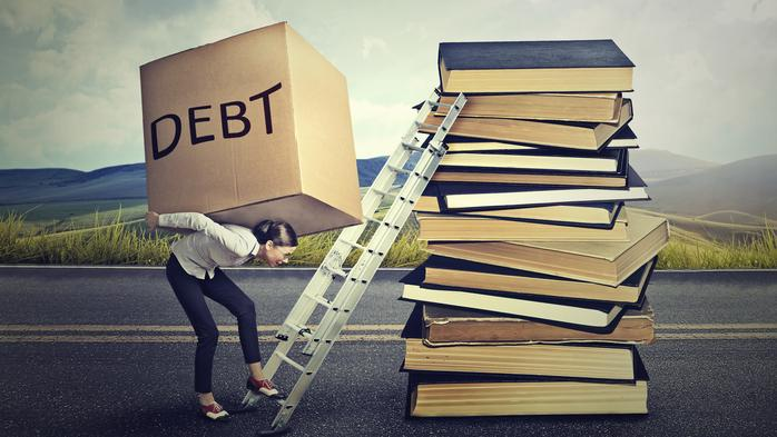 4 reasons why employers should offer student loan repayment aid as a perk