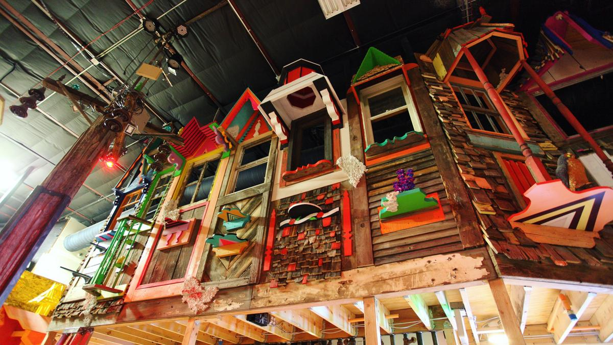 Albuquerque To Santa Fe >> Meow Wolf sets up fund for Santa Fe schools and nonprofits following first birthday ...