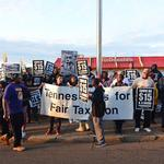 Fast-food workers file lawsuit against City of Memphis