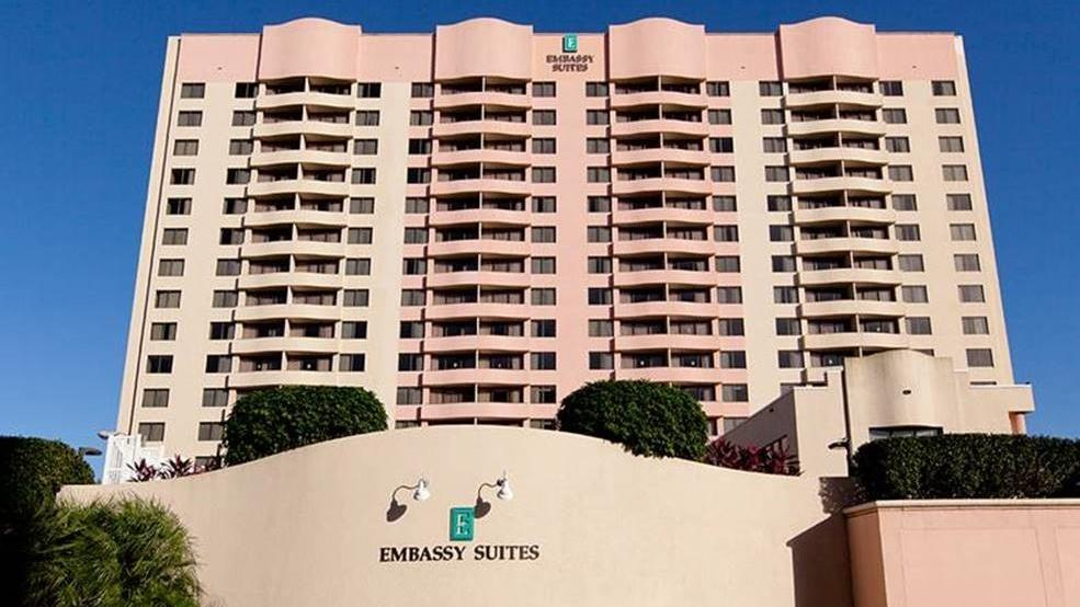 embassy suites by tampa hilton airport westshore tampa. Black Bedroom Furniture Sets. Home Design Ideas