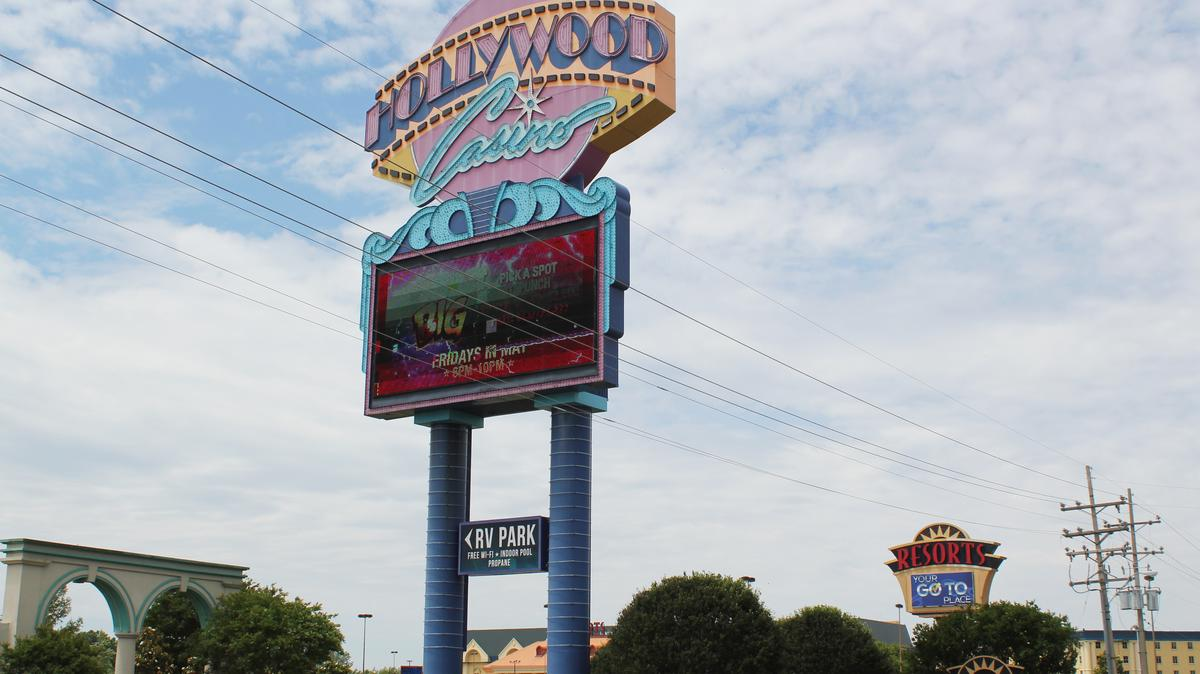Memphis hollywood casino minnesota casino age laws