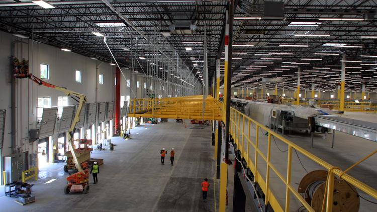 386aca06 Amazon surpasses job creation quota in Etna less than a year after facility  opens