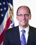 U.S. secretary of labor warns on Massachusetts effects of benefit cuts