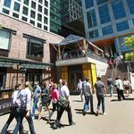 Amazon expands bookstore concept to New York