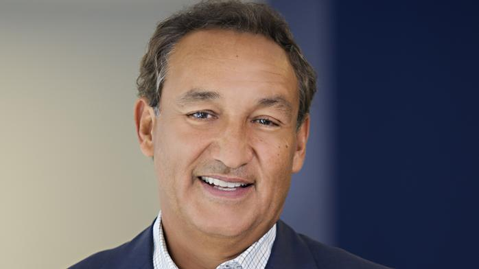 United Airlines CEO Oscar Munoz talks growth and man-dragged-from-plane incident