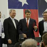 Gov. Rick Perry indicted on abuse of office charges