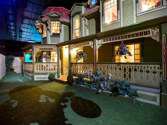 Meow Wolf's expansion comes with hundreds of new jobs, funding