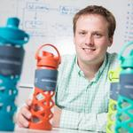 Glass bottle maker Lifefactory is busy tapping into the thirst for healthy products